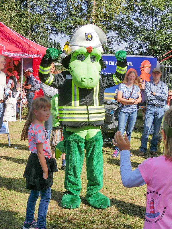 Feuerwehrmaskottchen auf der Norla