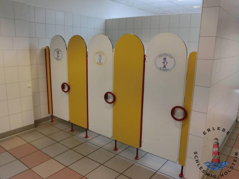 Hansapark hat Kindertoiletten in den Männer- und Damenwaschräume