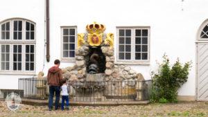 Brunnen im Innenhof von Schloss Gottorf