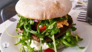 Burger im Imbiss Köstlich in Neustadt Holst