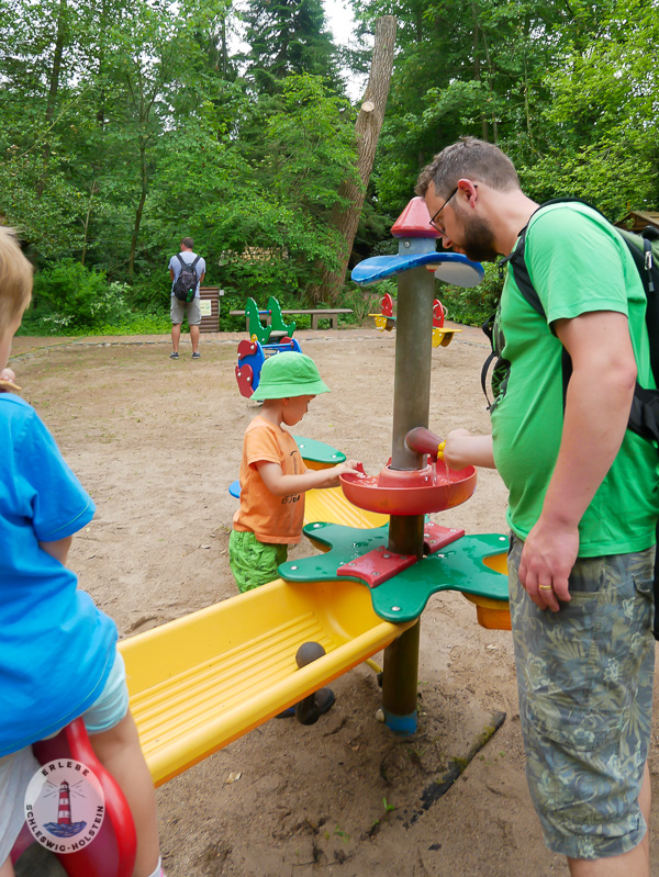 Wasserspielplatz im Freizeitpark Tolk-Schau